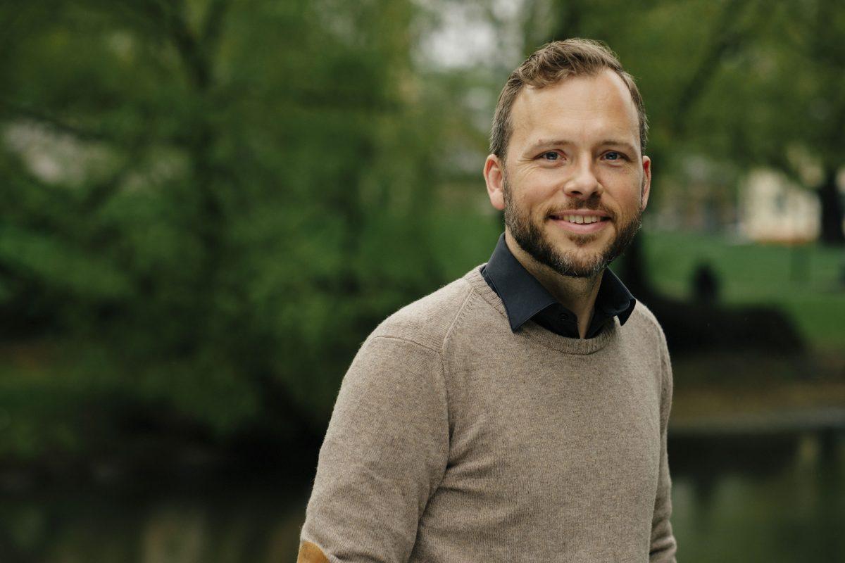 portrett av partileder Audun Lysbakken. Foto