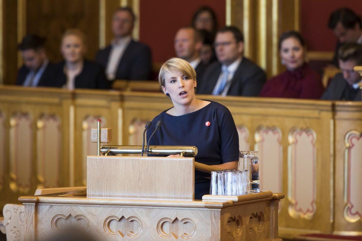 Fungerende parlamentarisk leder, Kari Elisabeth Kaski, i Stortinget