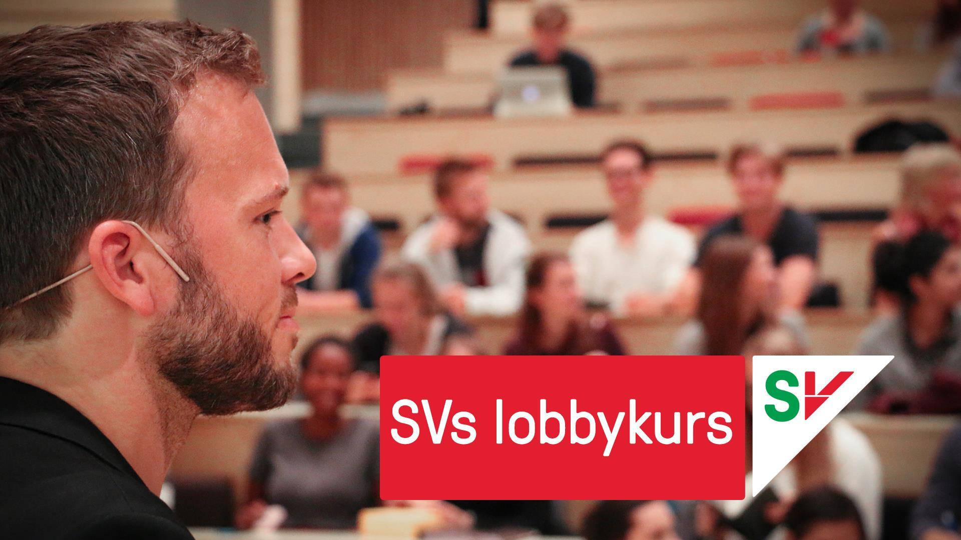 SVs lobbykurs. Audun Lysbakken forran forsamling. Grafikk over foto